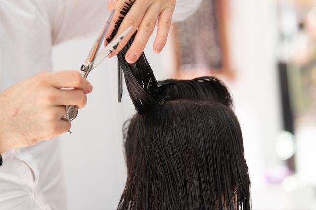 Skal du endelig have ordnet hår?
